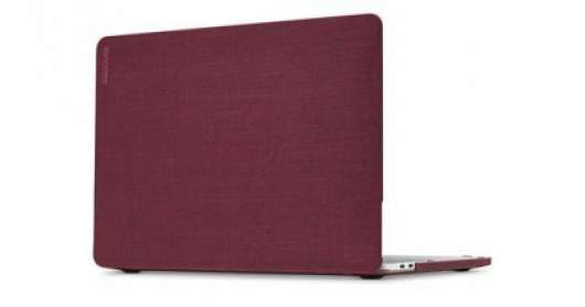 "Incase Hardshell Woolenex Case Macbook Pro 15"" med Thunderblt 3(USB-C)-Bordeux (Fyndvara - Klass 1)"